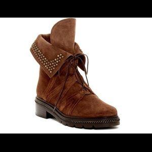 Stuart Weitzman Yadastud Suede Studded Boots Sz 7